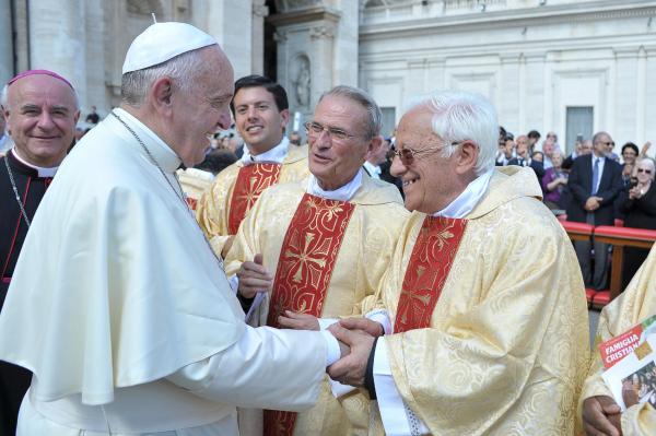 Resultado de imagen para iglesia san anton madrid padre angel orgullo gay